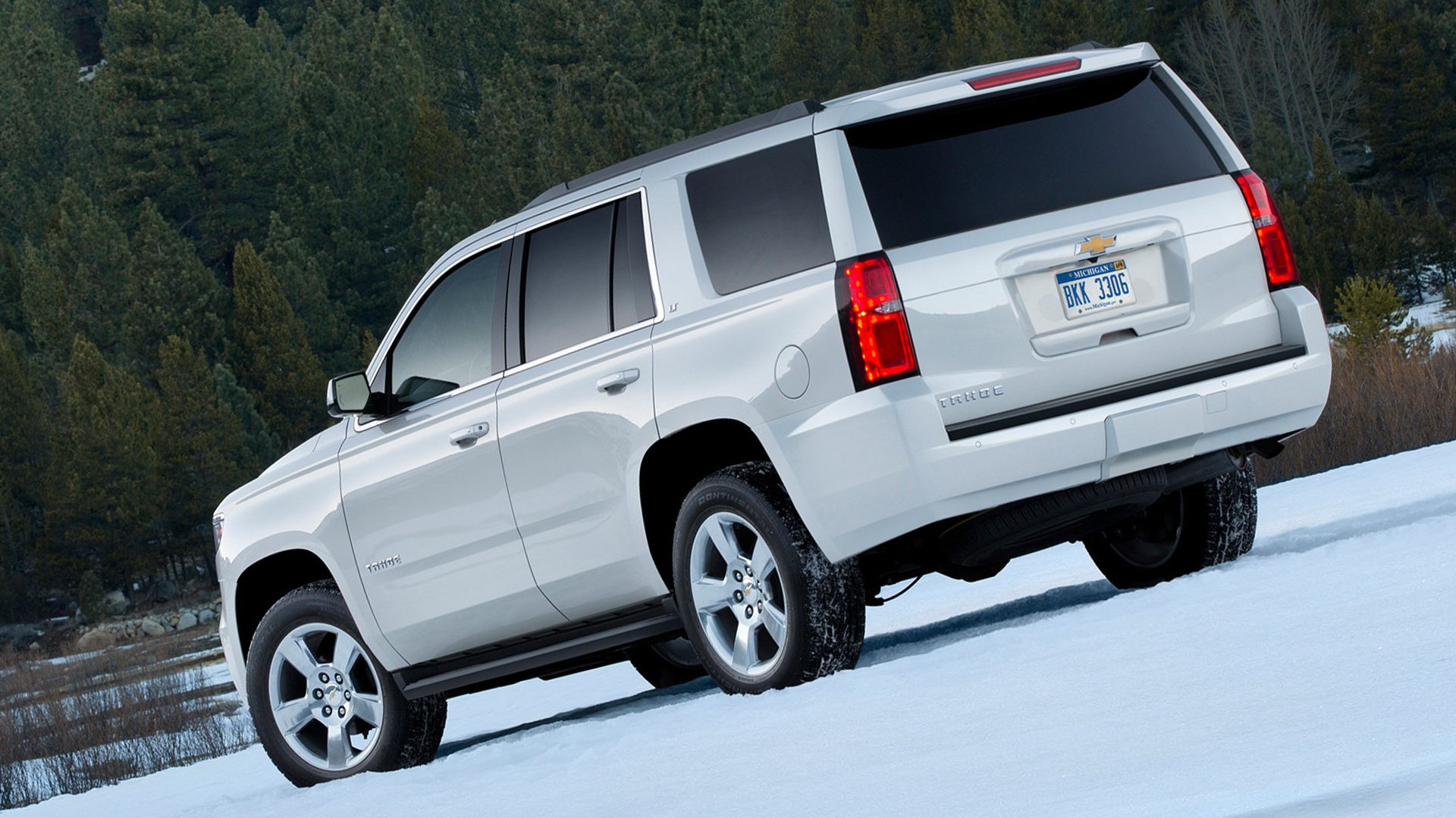 2018 Chevrolet Tahoe White HD