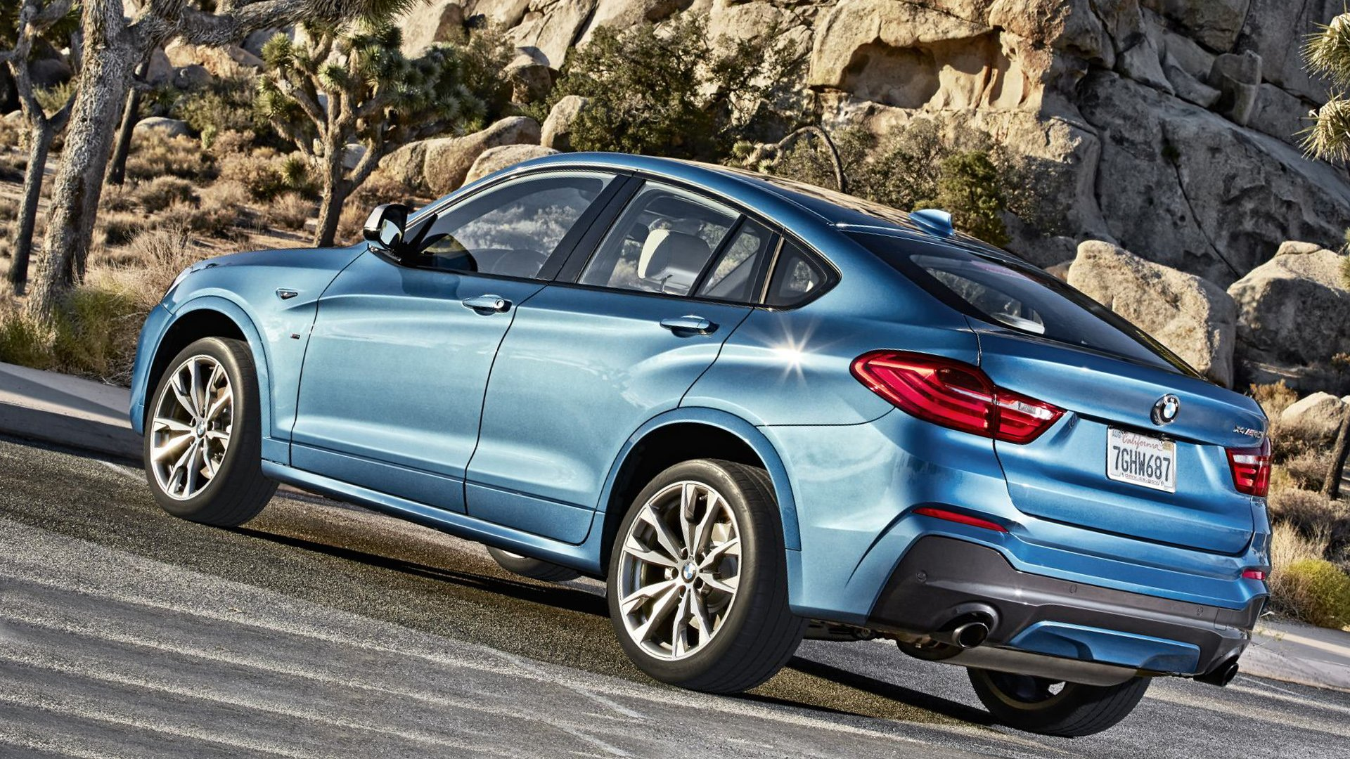 2019 BMW X4 M40i Hybrid Sport Full HD