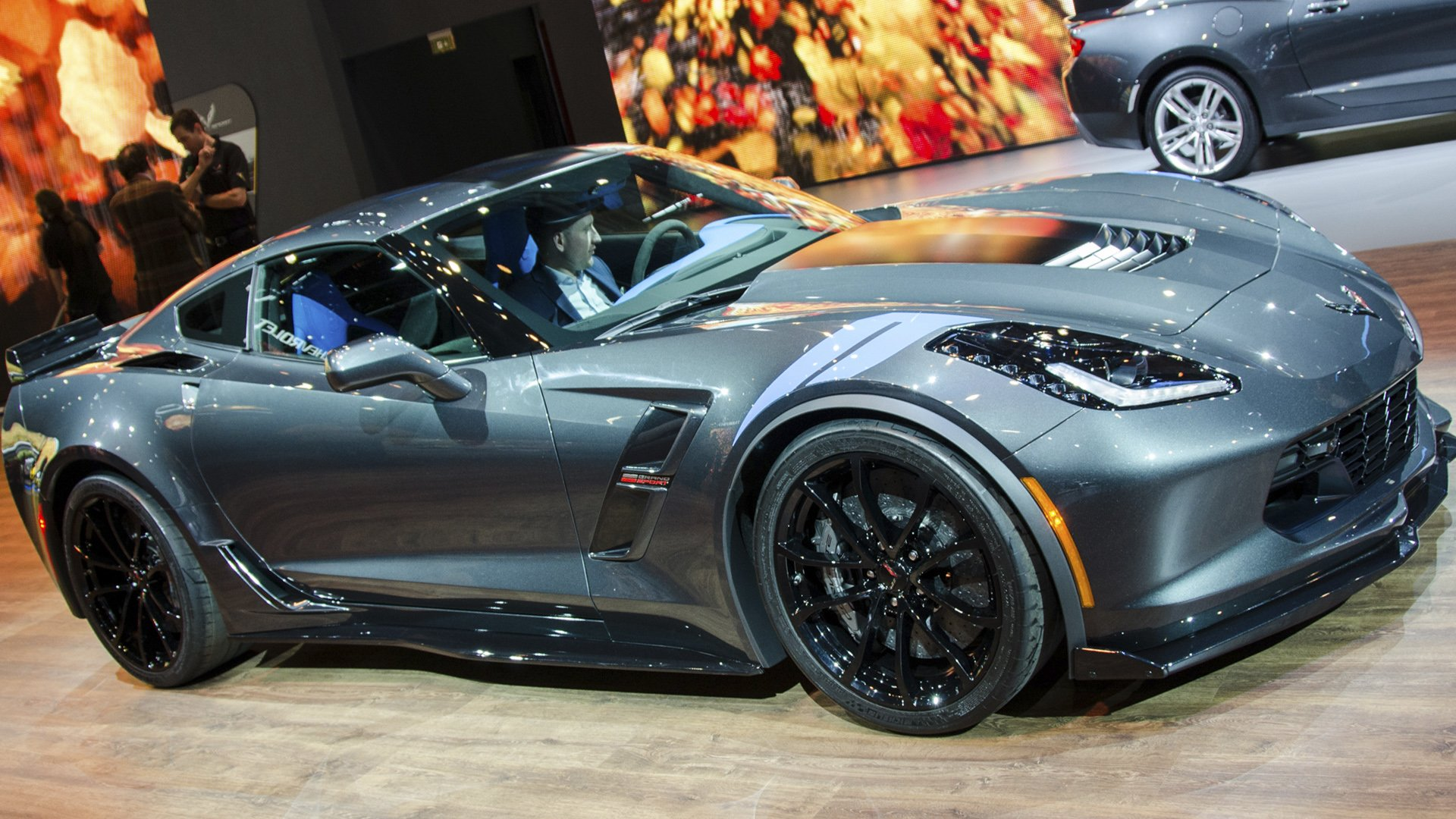 New 2019 Chevrolet Corvette First Pictures