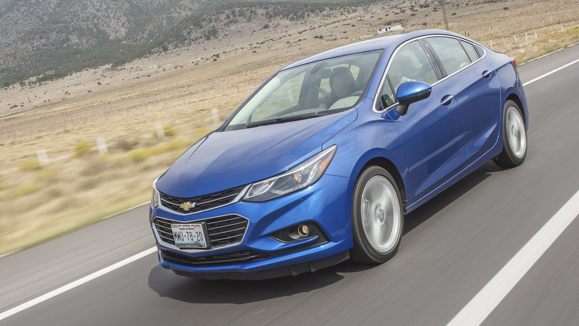 New 2019 Chevrolet Cruze Test Drive On Road