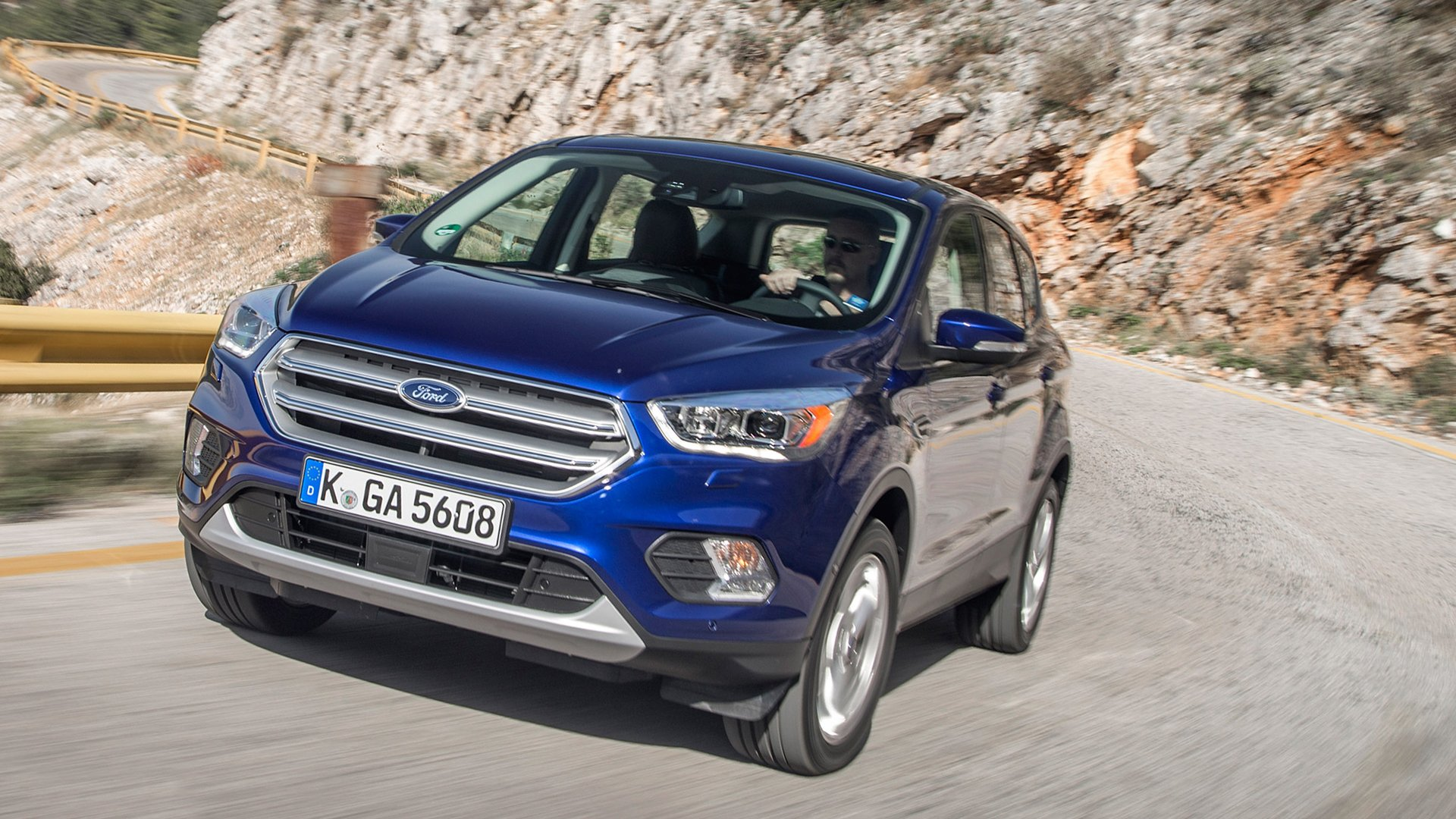 New 2019 Ford Kuga Test Drive On Road