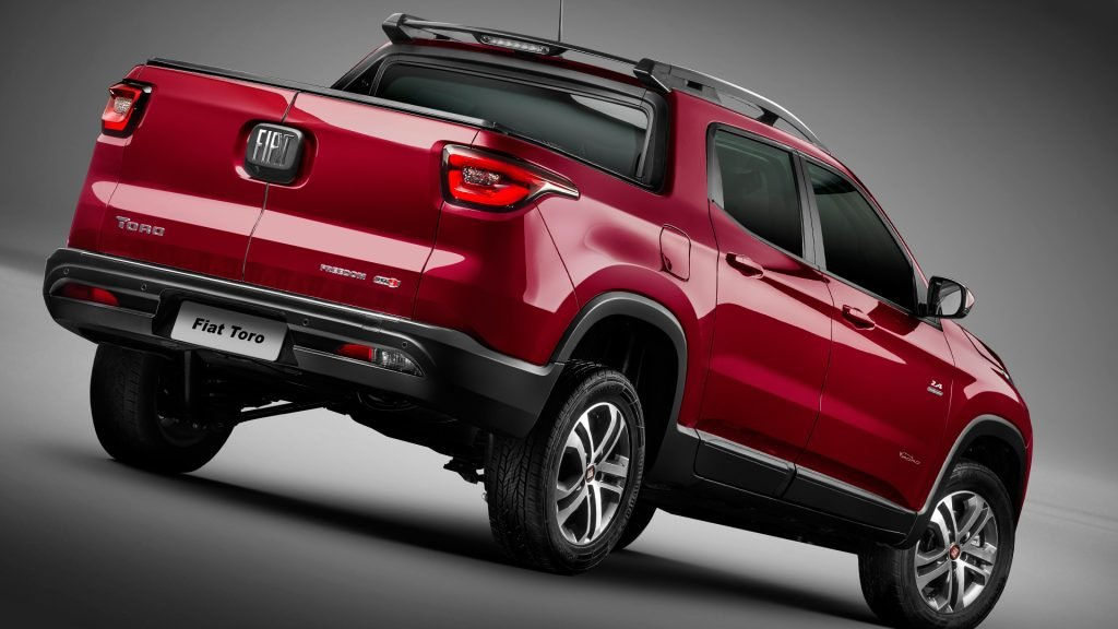 New 2019 Fiat Toro Test Drive On Road