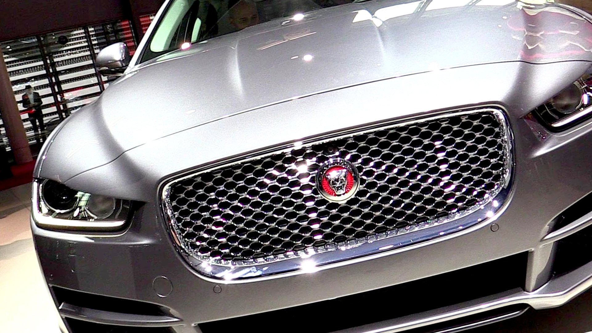 New 2019 Jaguar XE Exterior Changes