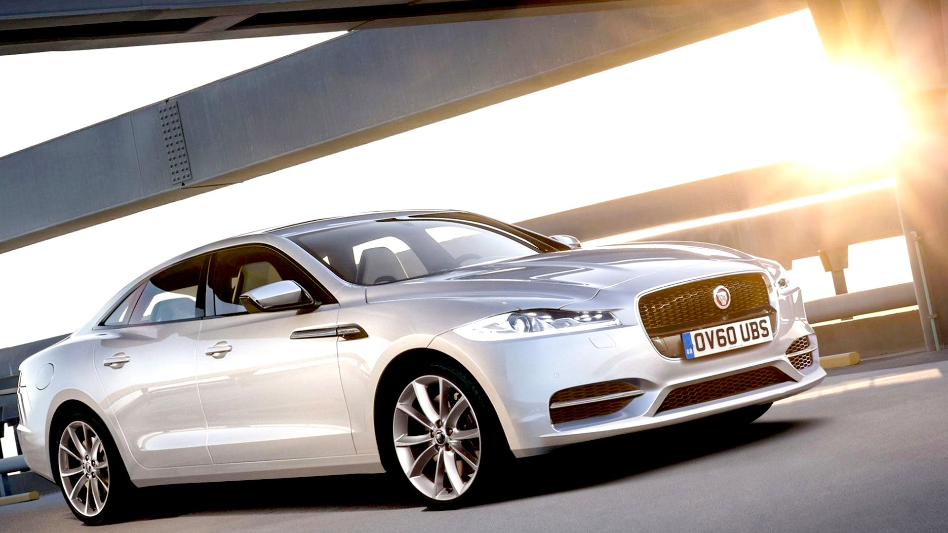New 2019 Jaguar XE First Pictures