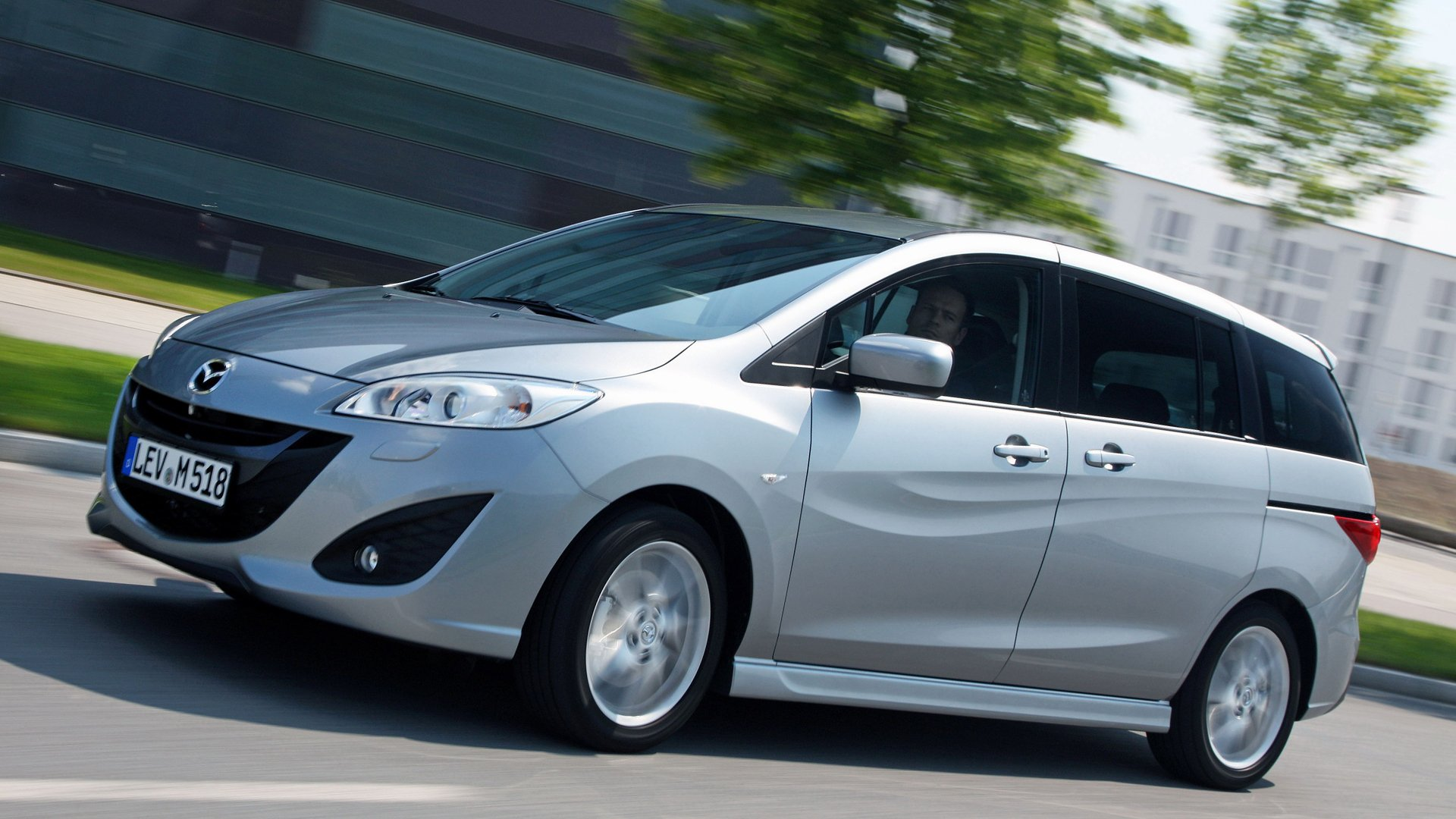 2019 Mazda 5 HD Pictures HD