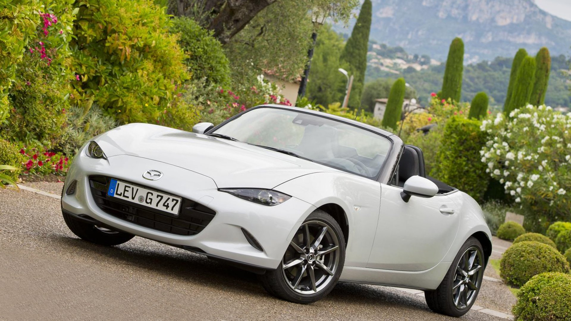 2019 Mazda MX-5 Premium Car HD
