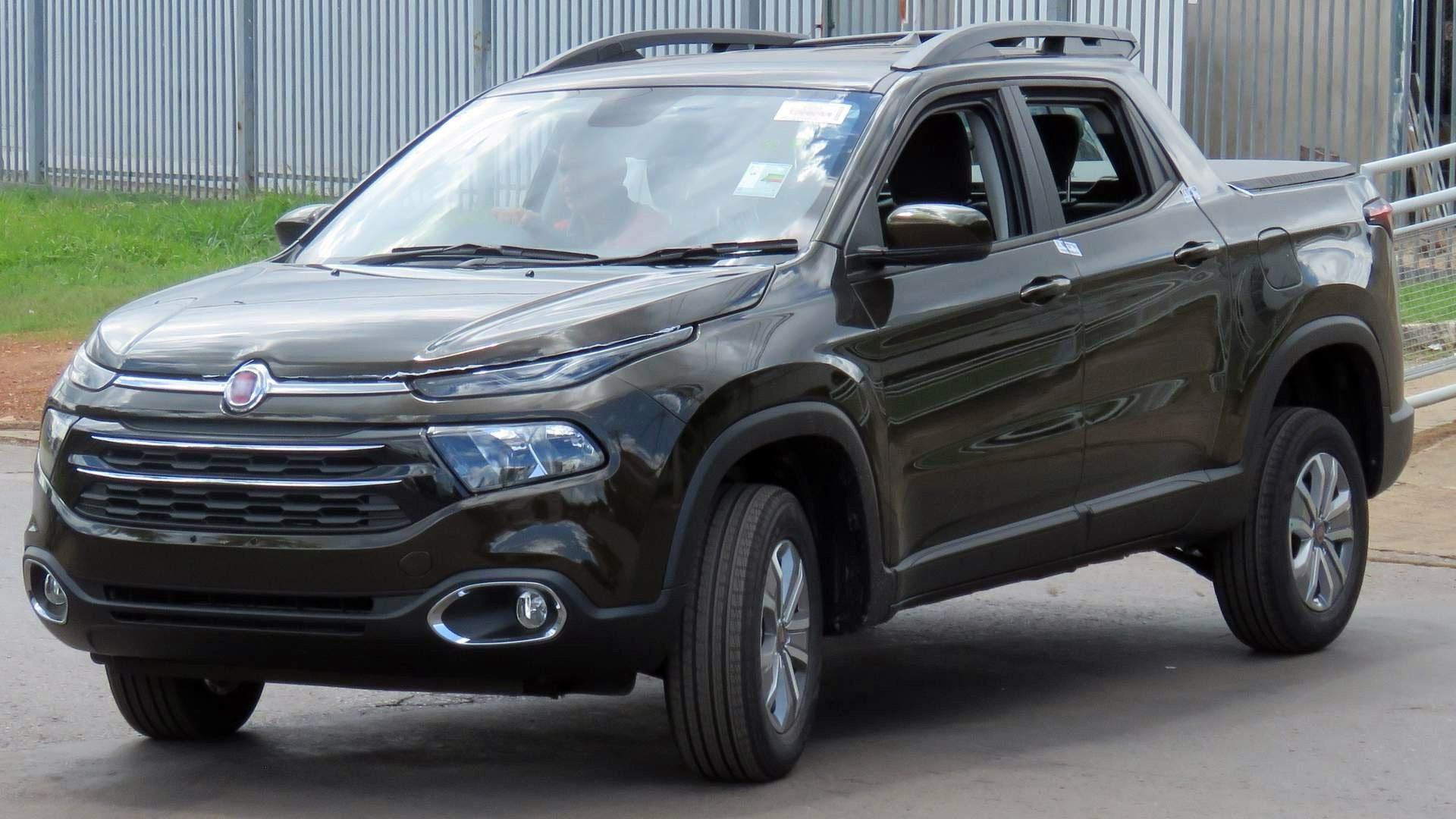 Fiat Toro 2018 USA Price List HD