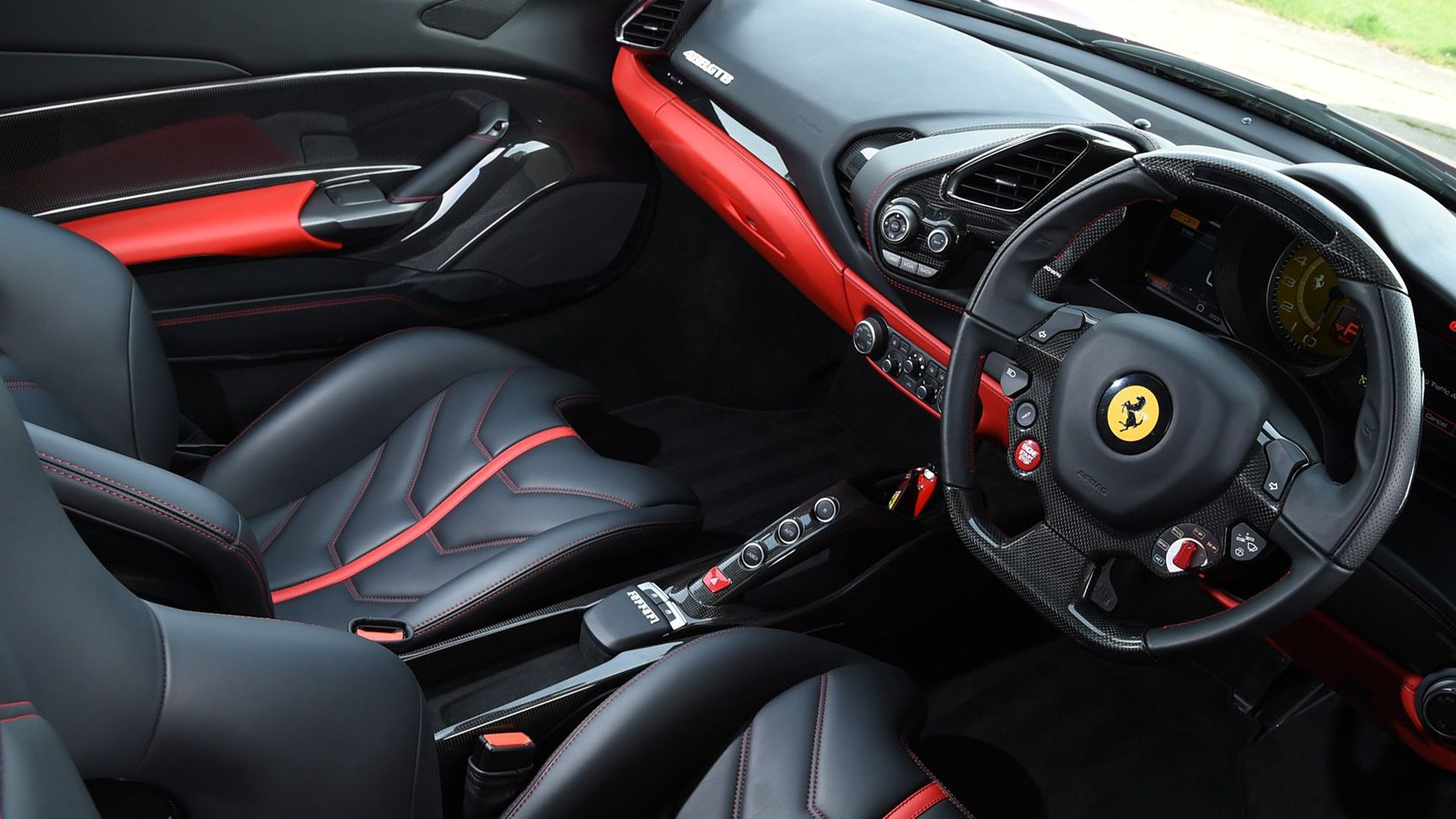 Interior Design Ferrari 488 GTB HD