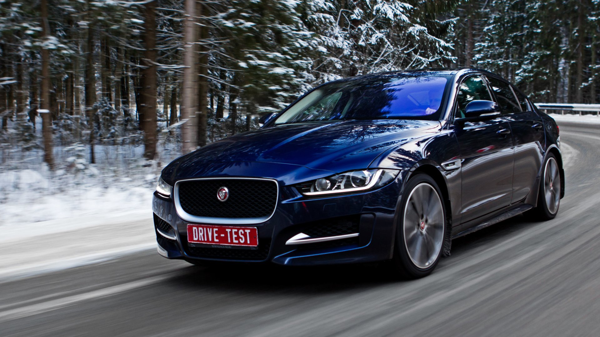 Jaguar XE 2018 Lights Wallpaper HD