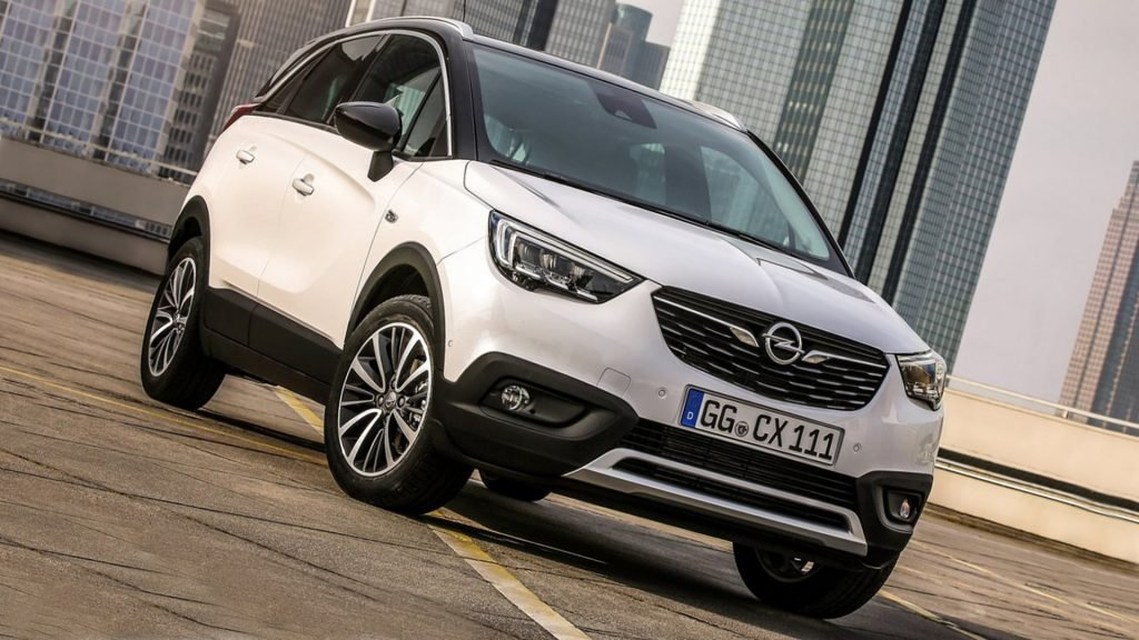 White Opel Crossland X HD