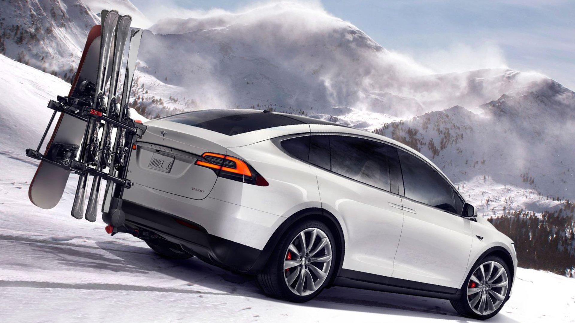 White Tesla Model X HD