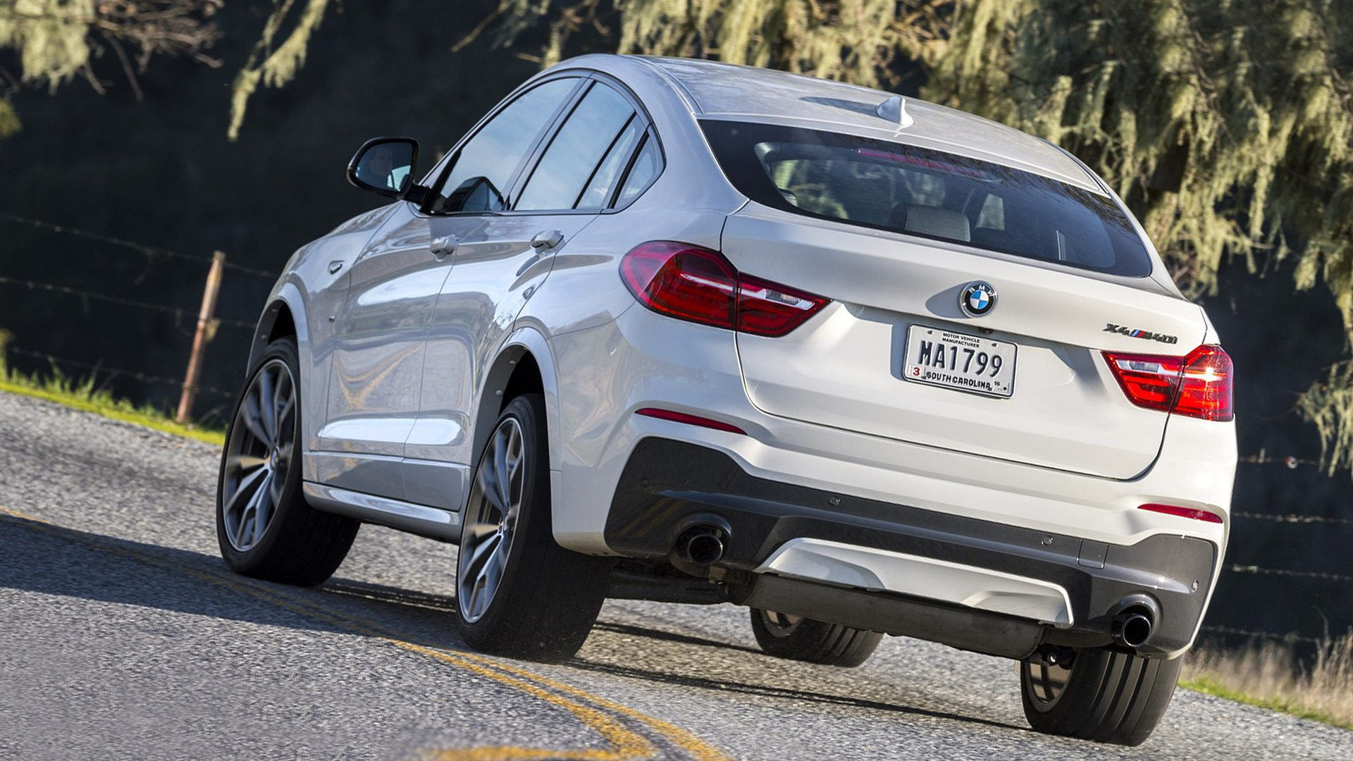 2018 BMW X4 M40i Pictures Full HD