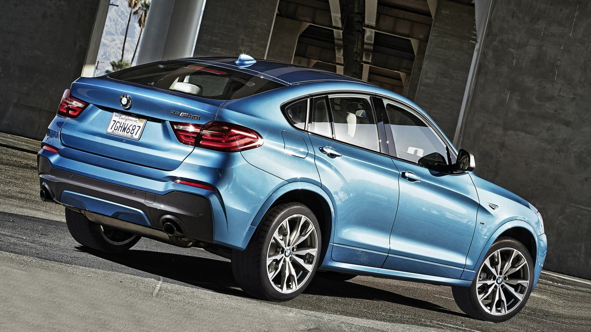 2018 Back View BMW X4 M40i Full HD