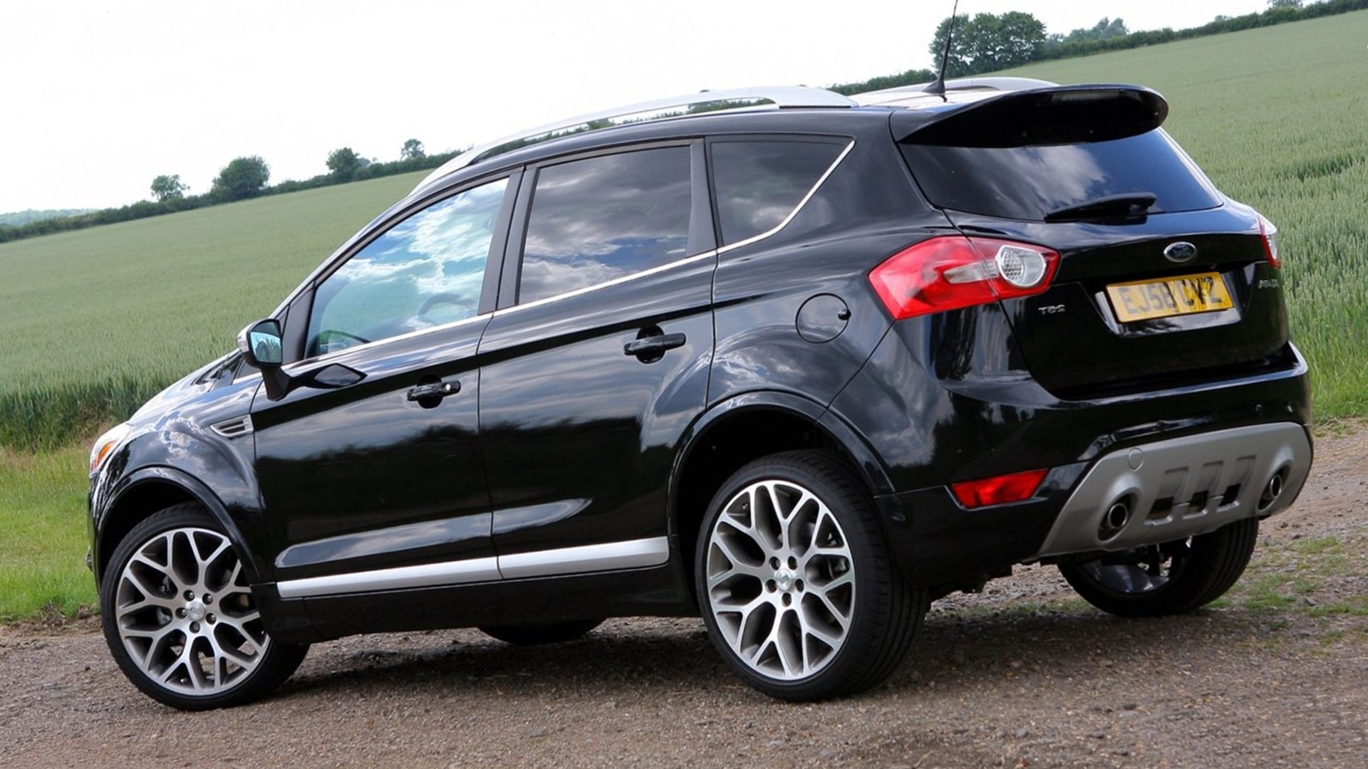 Back View Ford Kuga HD