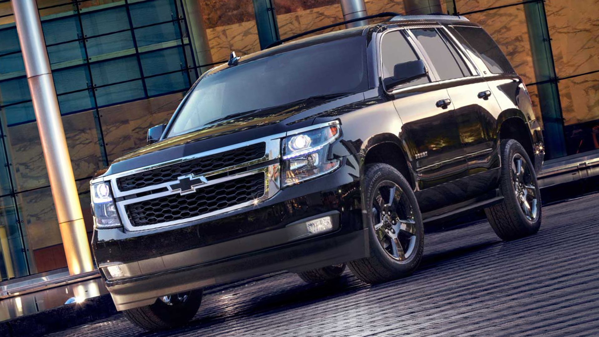 Black Chevrolet Tahoe HD