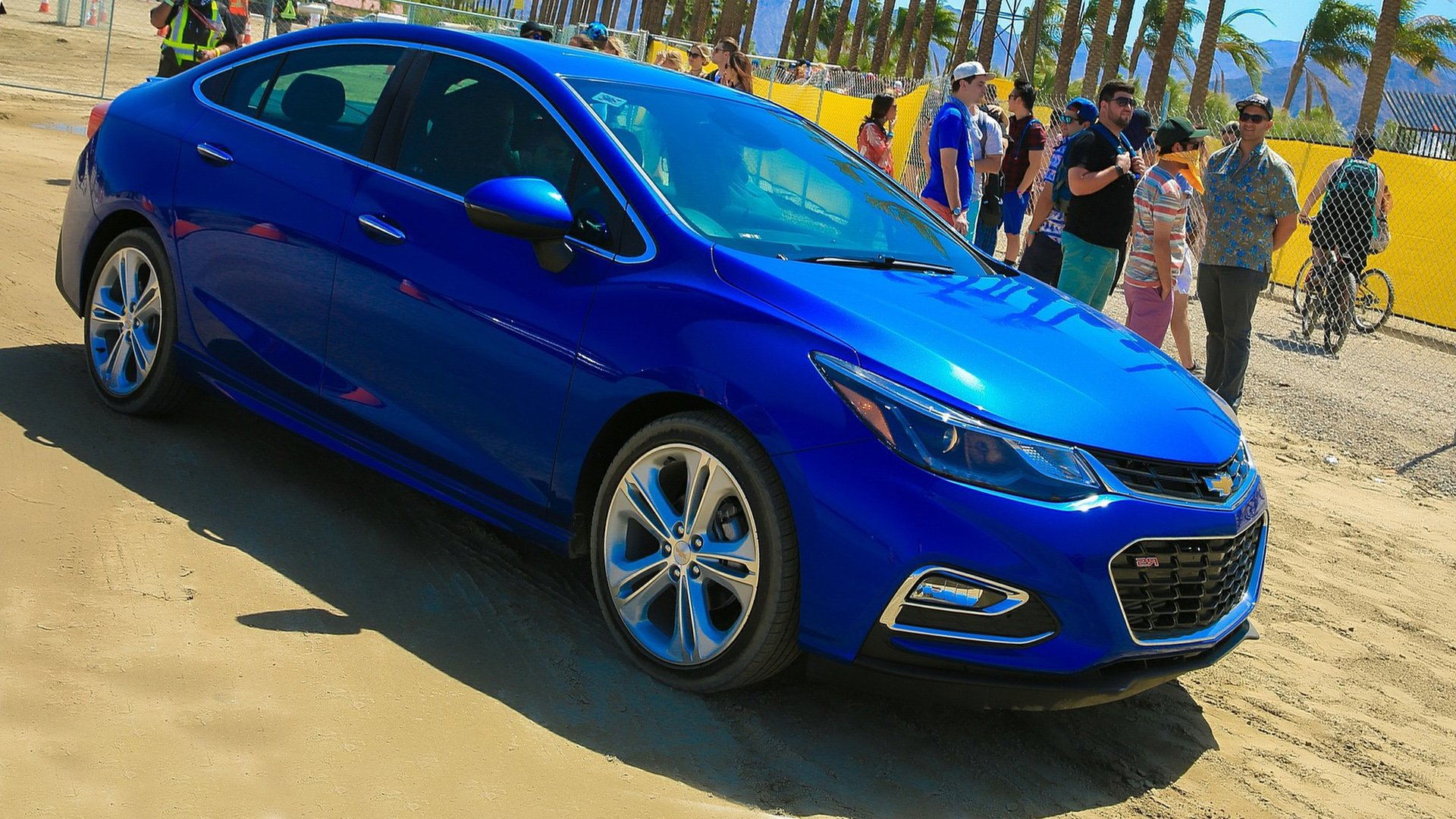 Chevrolet Cruze Photo Gallery Full HD