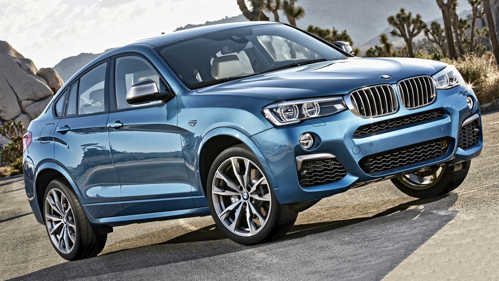 SUV in USA BMW X4 M40i Full HD