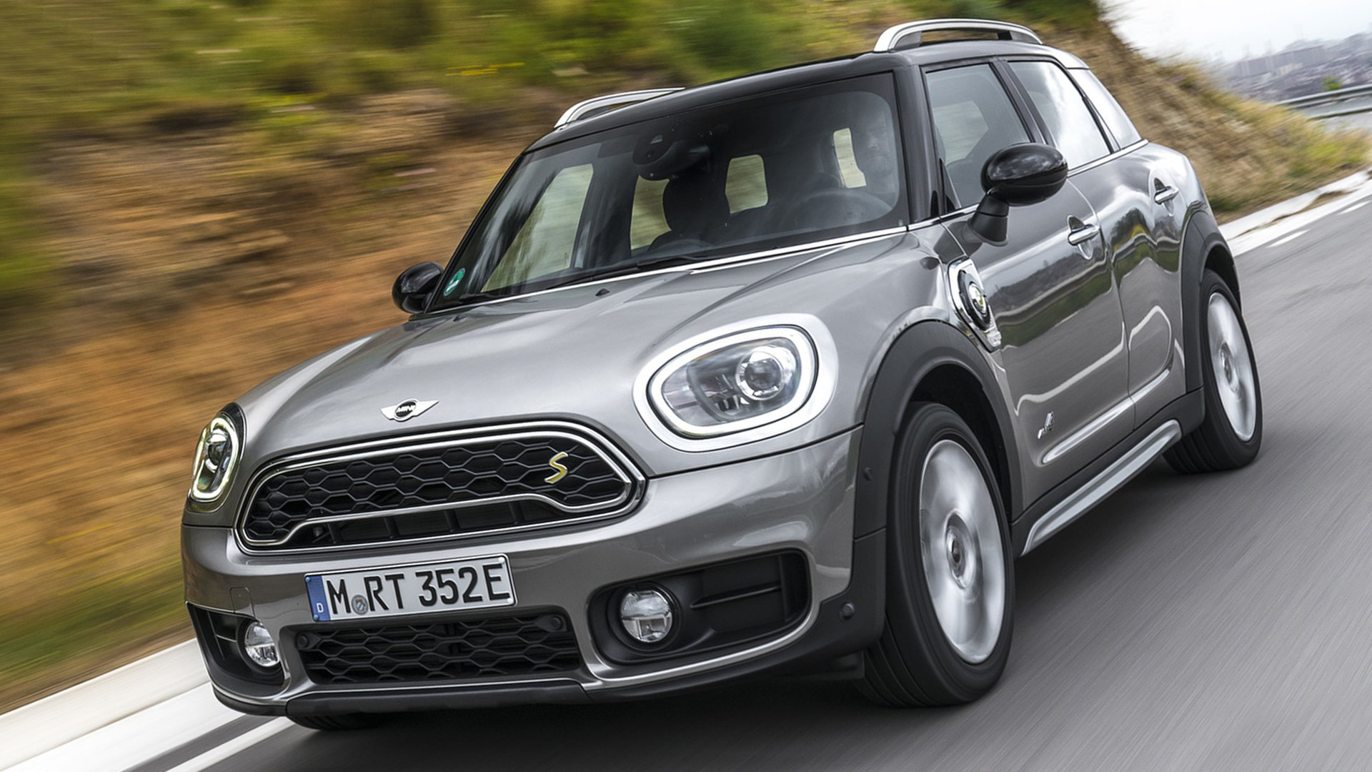 2018 MINI Countryman First Photos HD
