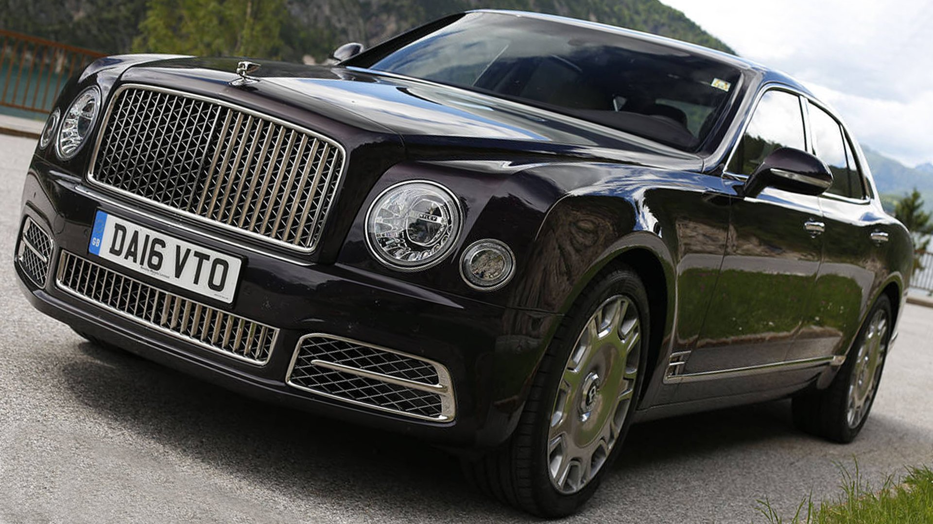 Black Bentley Mulsanne 2019 Full HD