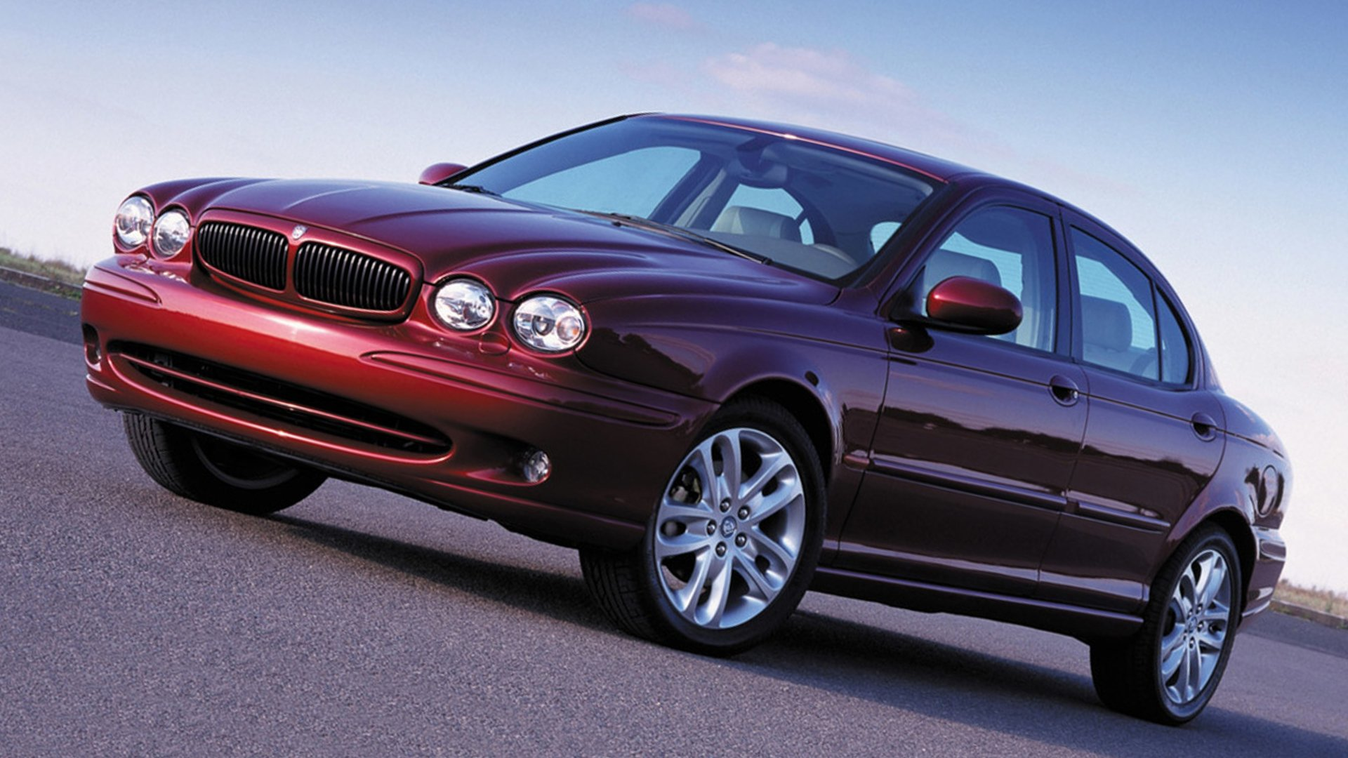Jaguar X-Type Front View HD
