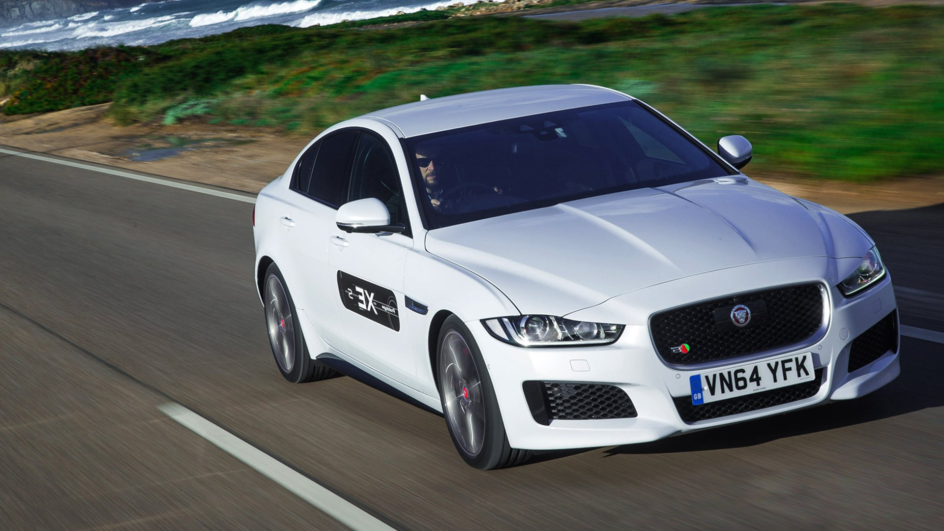 New Jaguar XE Hybrid Concept HD